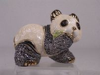 De Rosa De Rosa Baby Panda Bear with Leaf